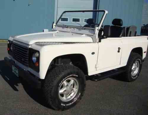 Land Rover Defender Convertible (1969)