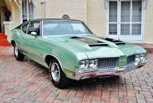 Oldsmobile 442 Sports Coupe Numbers Matching 455 V8 4-Speed (1970)