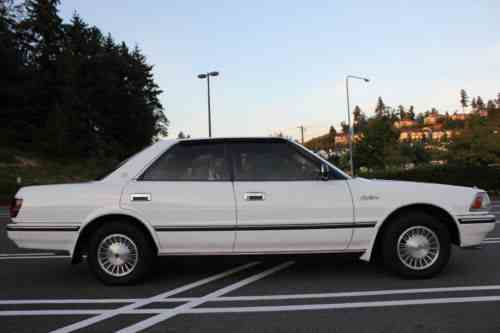 Toyota Crown Supercharger Royal Saloon (1989)