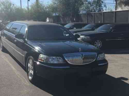 Lincoln Town Car 2011 Lincoln Towncar Limousine 72 6 One Owner