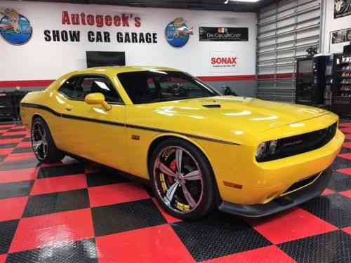 Dodge Challenger Srt8 392 Yellow Jacket 2012 Limited Edition One